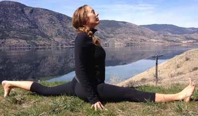 hanumanasana  soya yoga teacher training